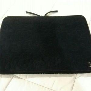 Vera Bradley Black Microfiber Laptop Sleeve💗💣